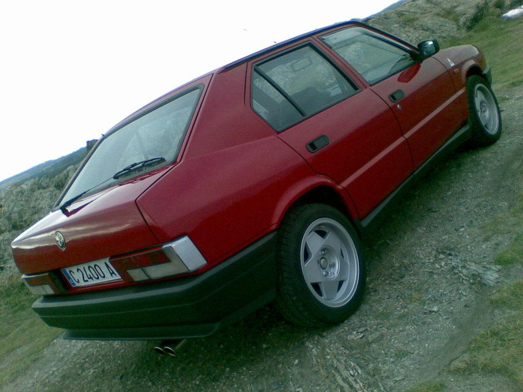 Alfa Romeo 33 I Restyling 1986 - 1990 Sedan #1