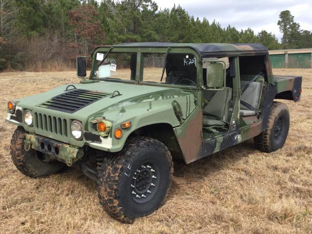 AM General HMMWV (Humvee) 1984 - now SUV 5 door #8 & AM General HMMWV (Humvee) 1984 - now SUV 5 door :: OUTSTANDING CARS