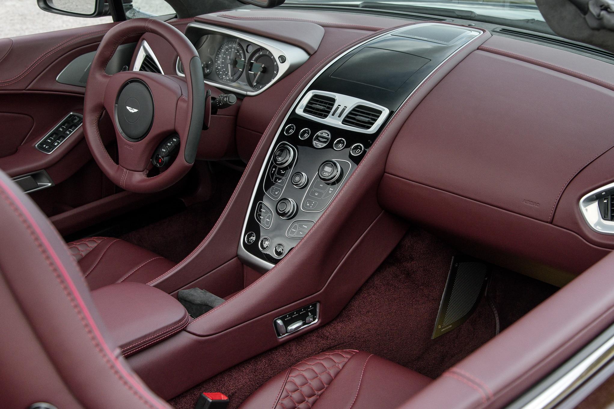 Aston Martin Vanquish II 2012 - now Roadster #2
