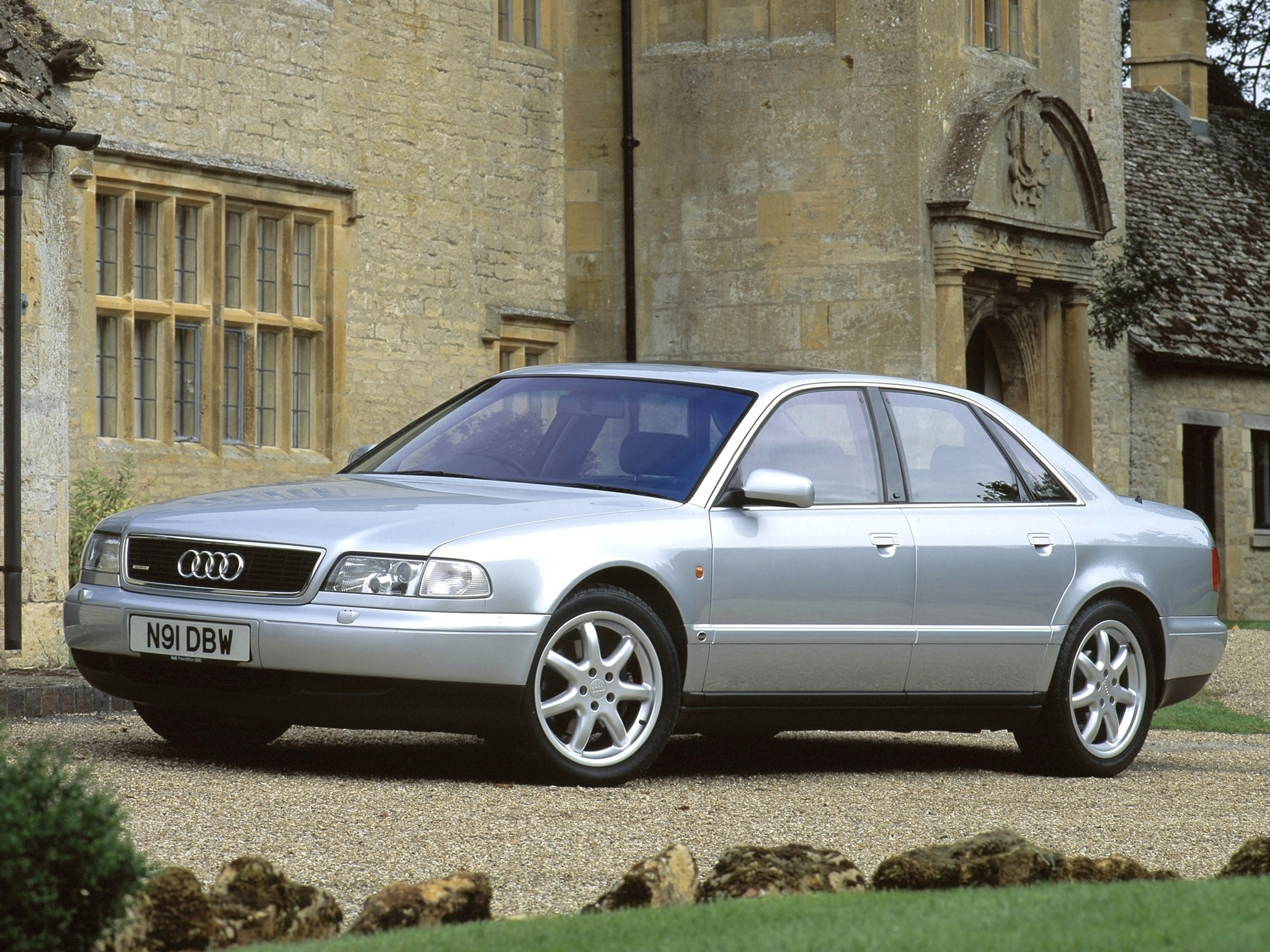 Audi S8 I (D2) 1996 - 1999 Sedan #7
