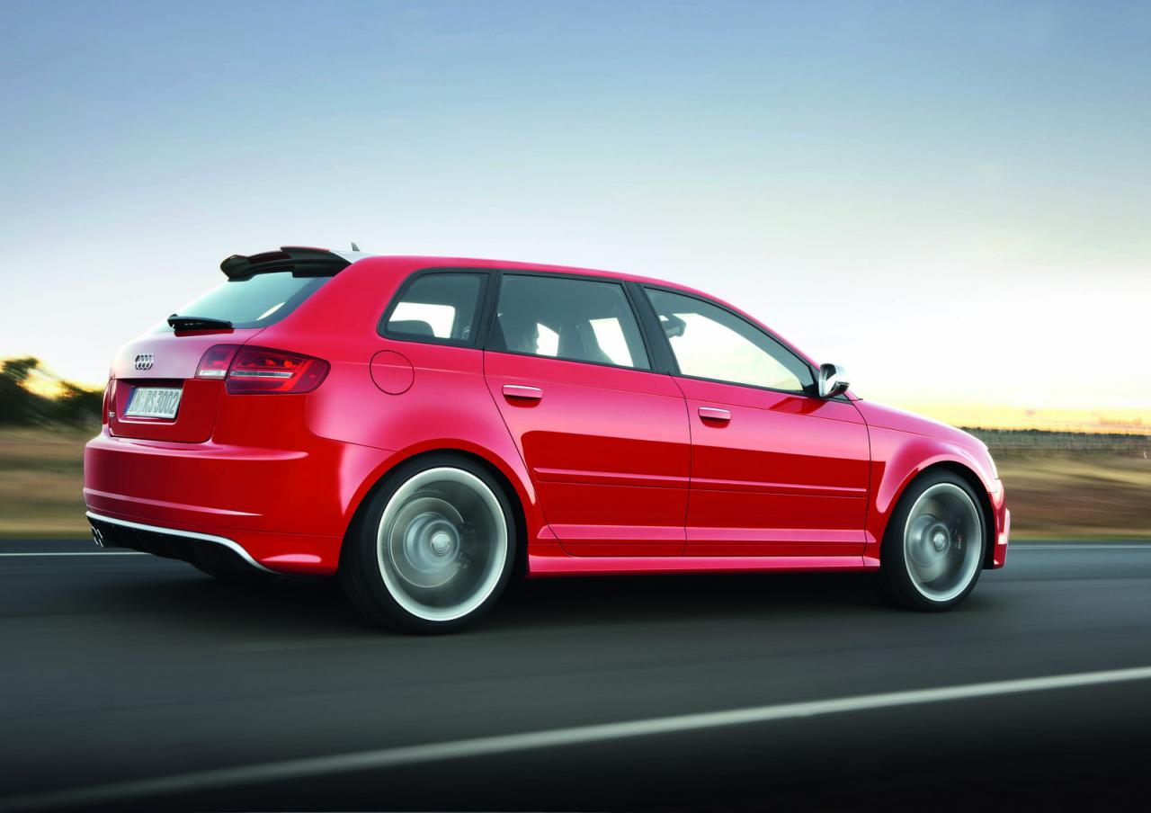 Audi RS 3 I 2011 - 2012 Hatchback 5 door #6