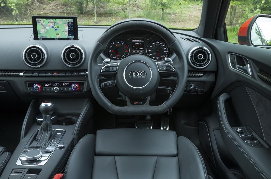 Audi RS 3 II 2015 - 2016 Hatchback 5 door #4