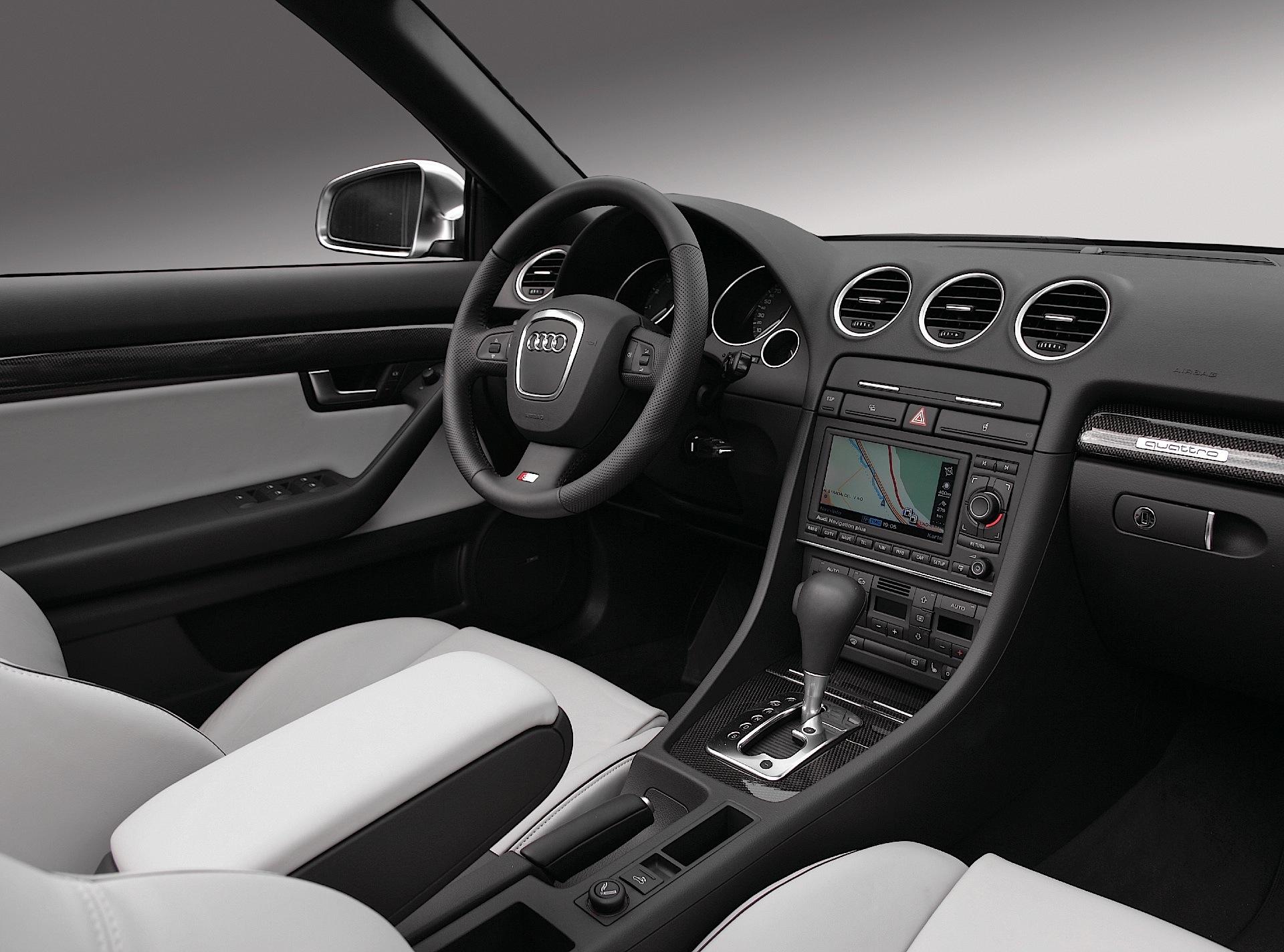 Audi S4 III (B7) 2005 - 2008 Cabriolet #3