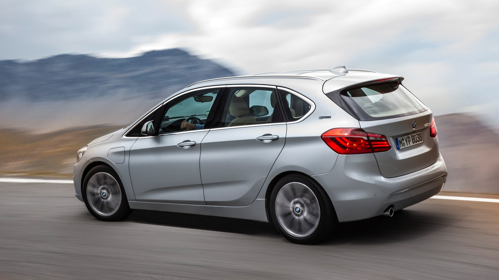 BMW 2 Series Active Tourer F45 2014 - now Compact MPV #6