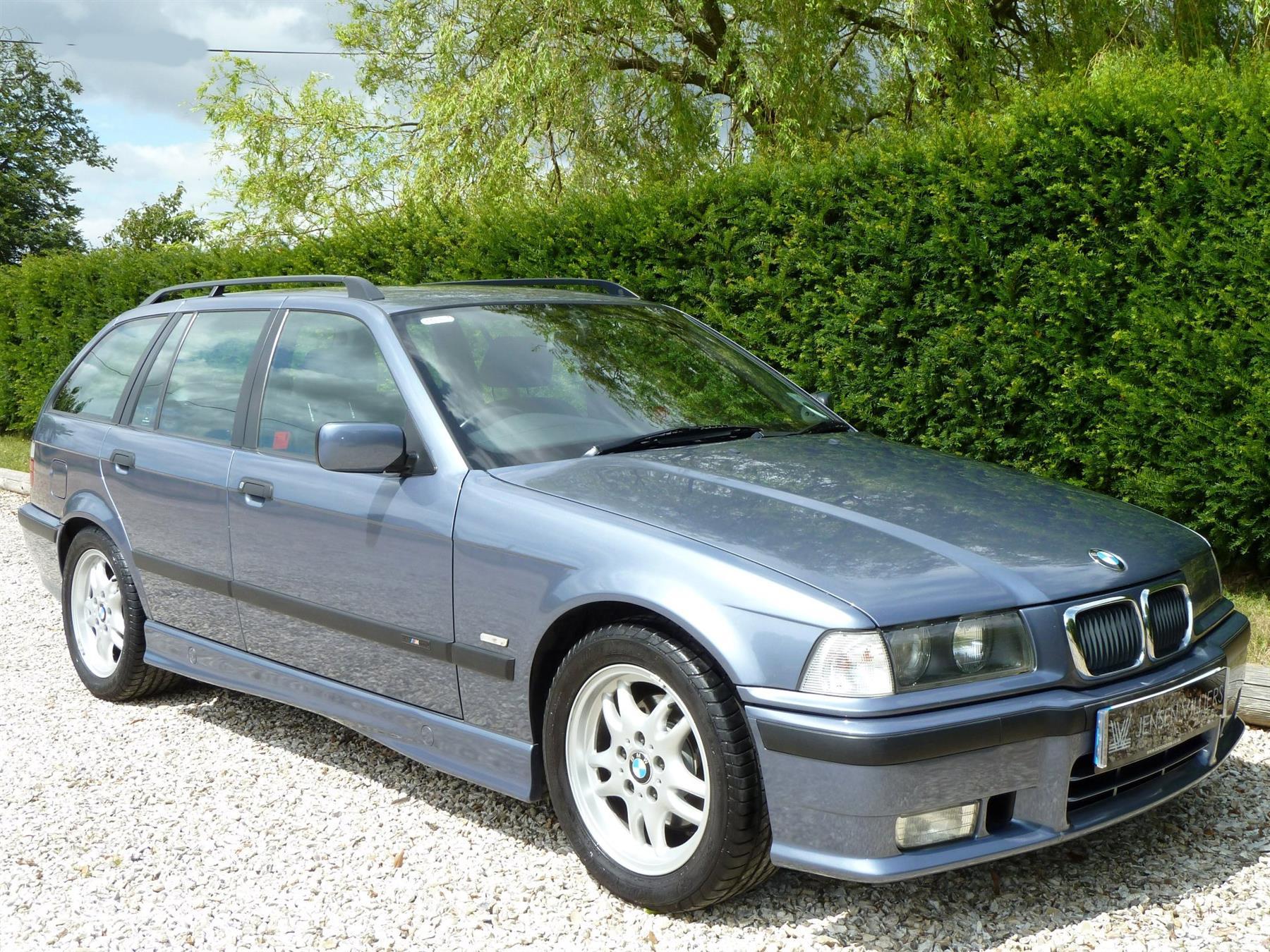 BMW 3 Series III (E36) 1991 - 2000 Hatchback 3 door #1