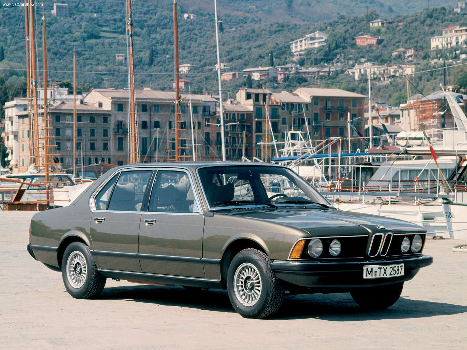 BMW 7 Series I (E23) 1977 - 1986 Sedan #2