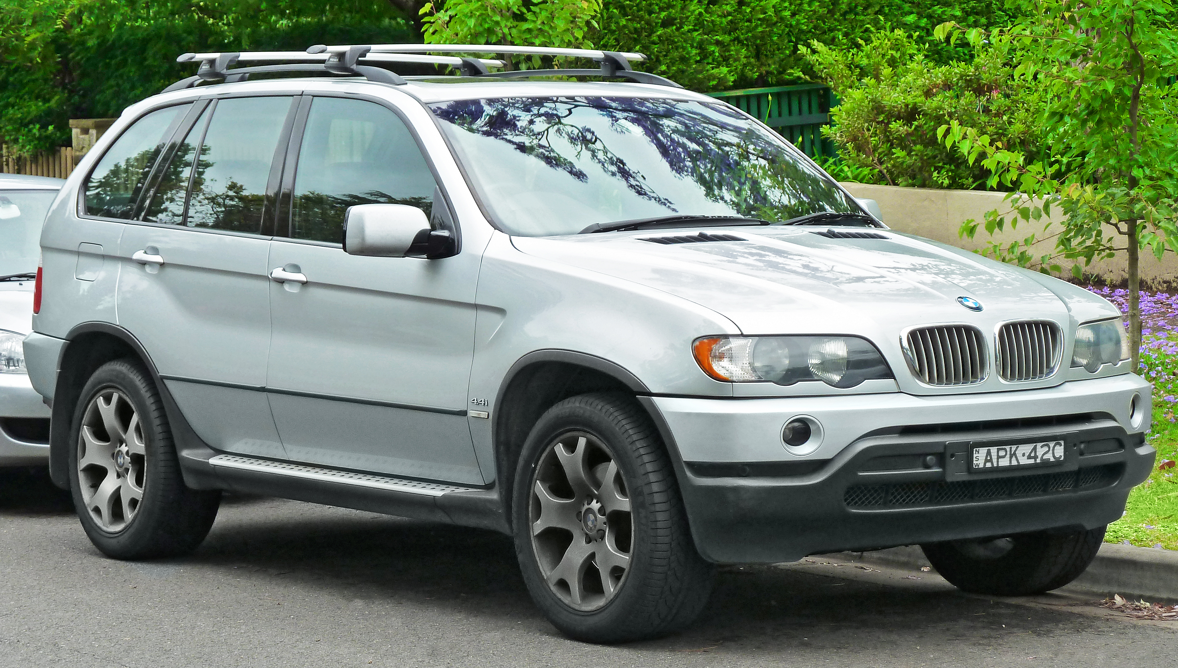 BMW X5 I (E53) 1999 - 2003 SUV 5 door #1
