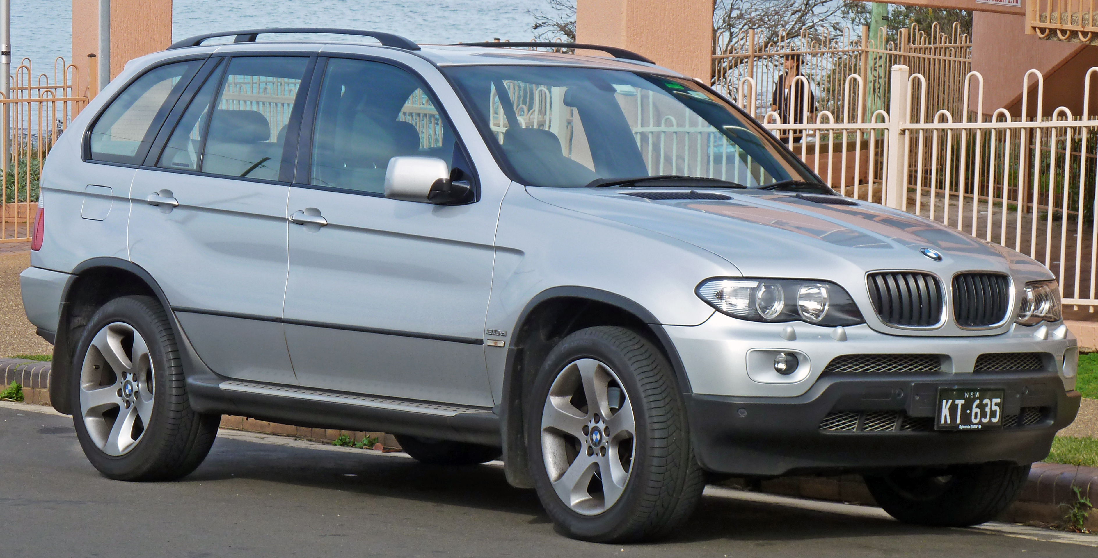 BMW X5 I (E53) 1999 - 2003 SUV 5 door #3
