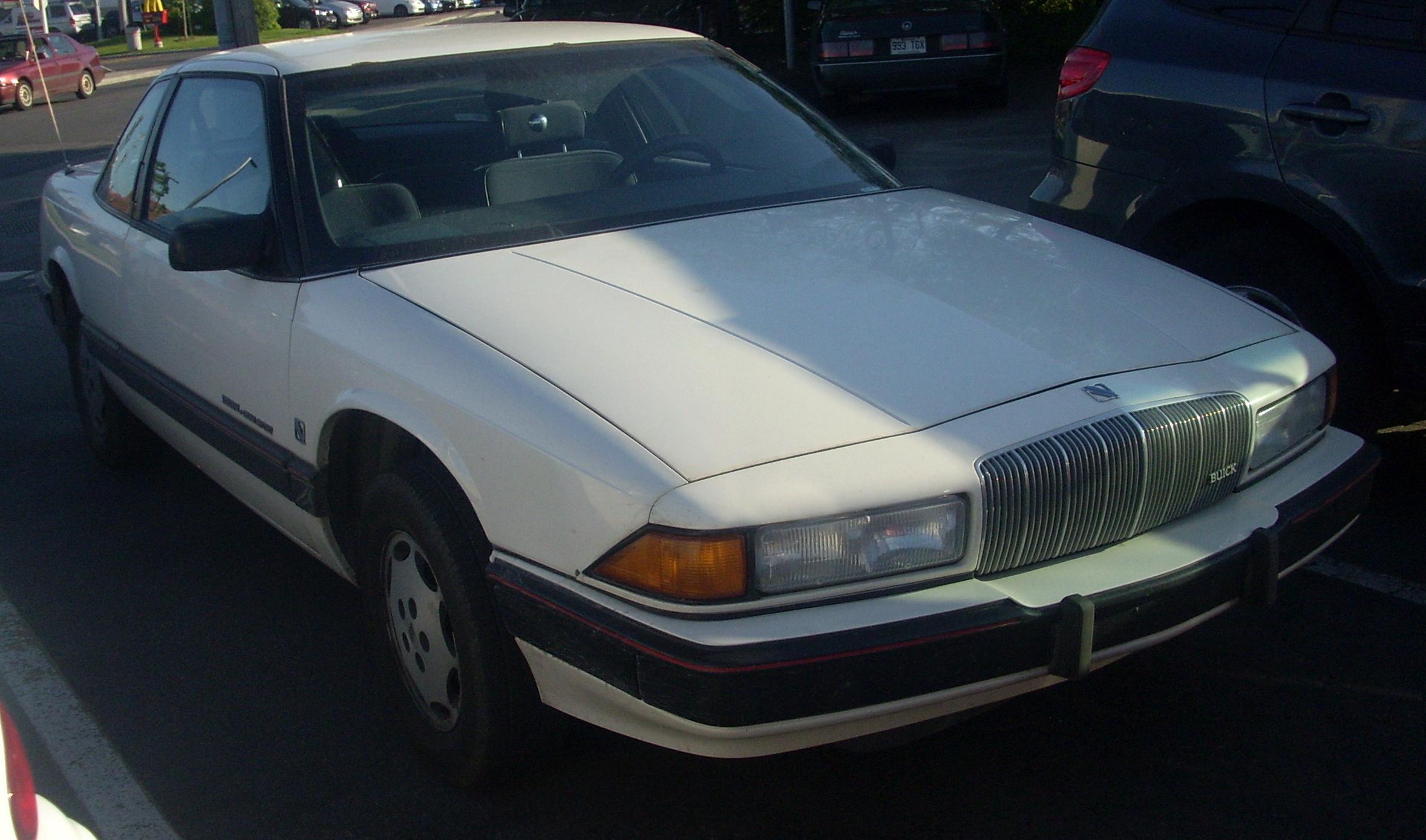 Buick Regal III 1988 - 1996 Coupe #1