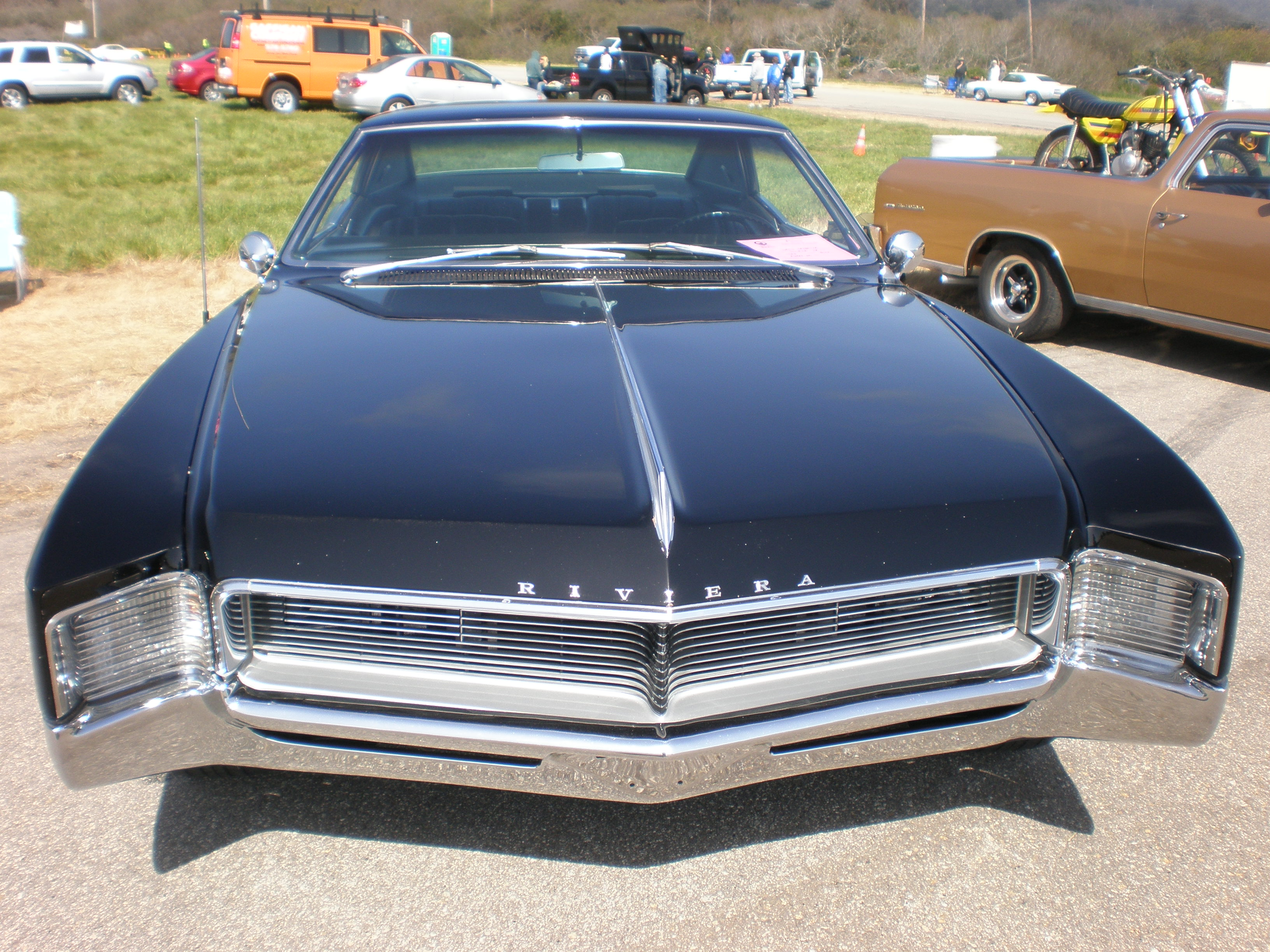 Buick Riviera II 1966 - 1970 Coupe #3