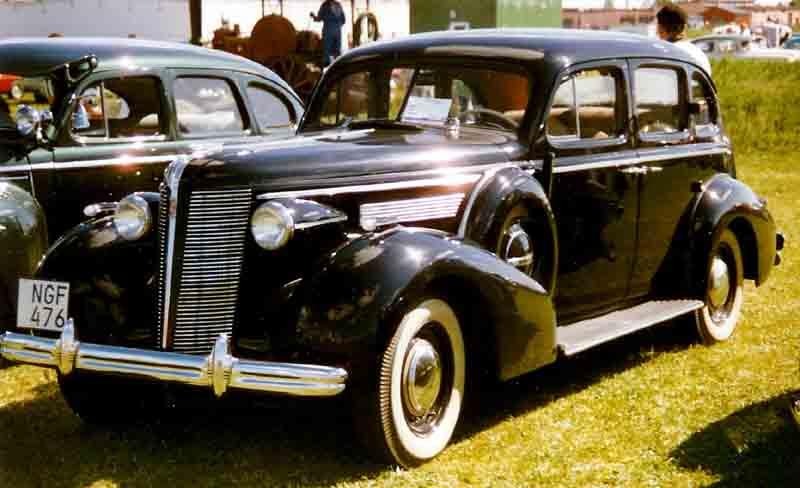 Buick Special I 1936 - 1949 Sedan #6