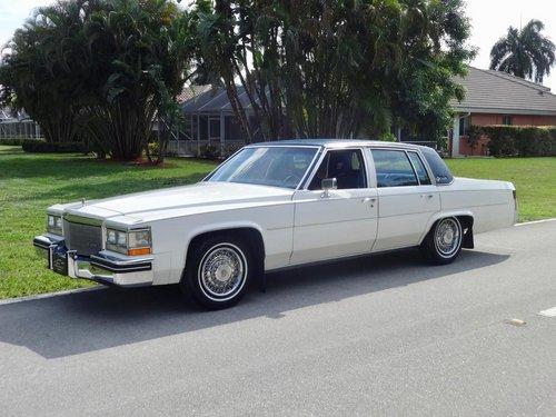 Cadillac DeVille V 1977 - 1984 Sedan #2
