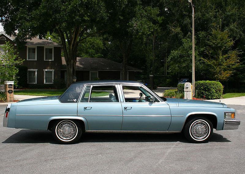 Cadillac DeVille V 1977 - 1984 Sedan #1