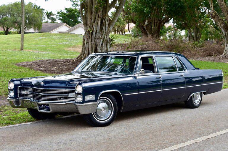 Cadillac Fleetwood 75 Series 1956 - 1976 Sedan #4