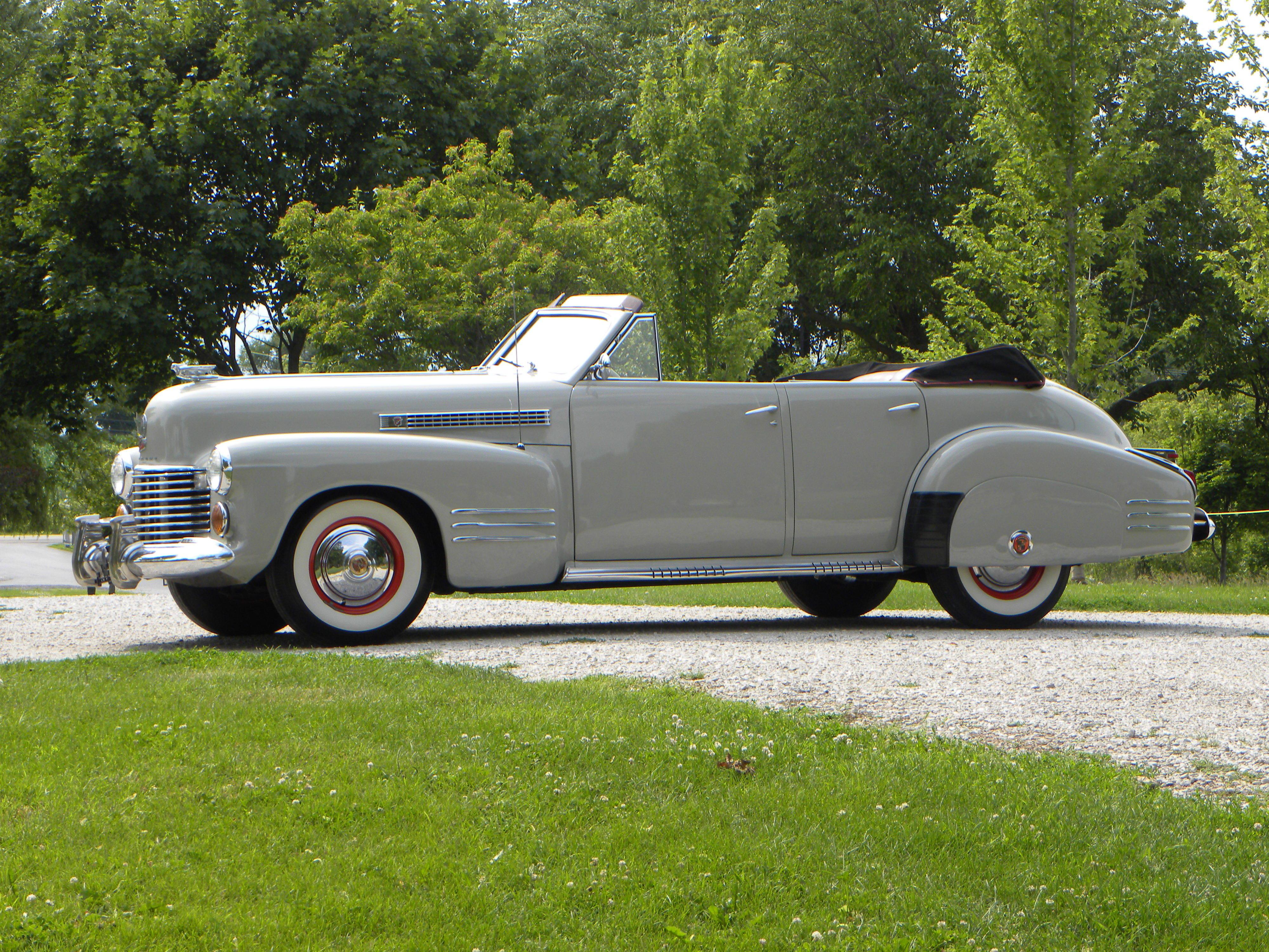 Cadillac Series 62 I 1940 - 1941 Cabriolet #1