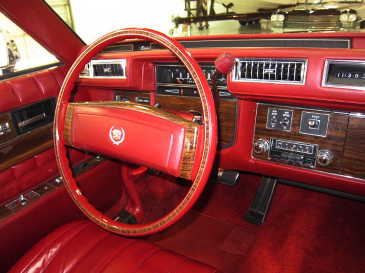 Cadillac Seville I 1975 - 1979 Sedan #4