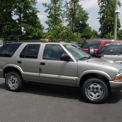 Chevrolet Blazer II Restyling 1997 - 2005 SUV 3 door #3