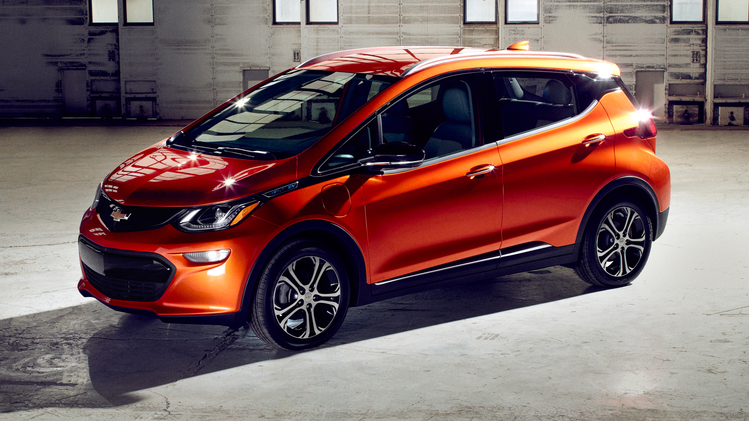 Chevrolet Bolt 2016 - now Hatchback 5 door #2