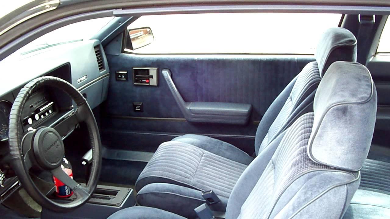 Chevrolet Cavalier I Sedan Interior