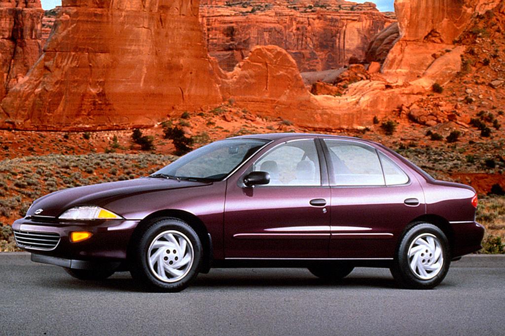 Chevrolet Cavalier III 1995 - 2005 Sedan #1