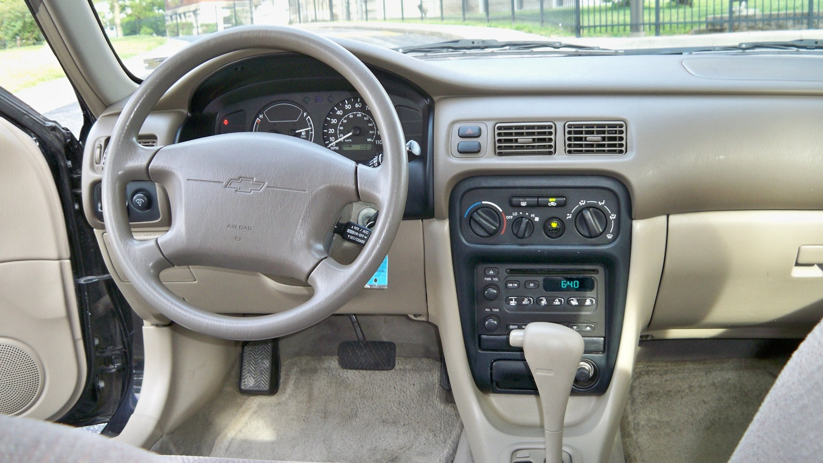 Chevrolet Prizm 1997 - 2002 Sedan #8