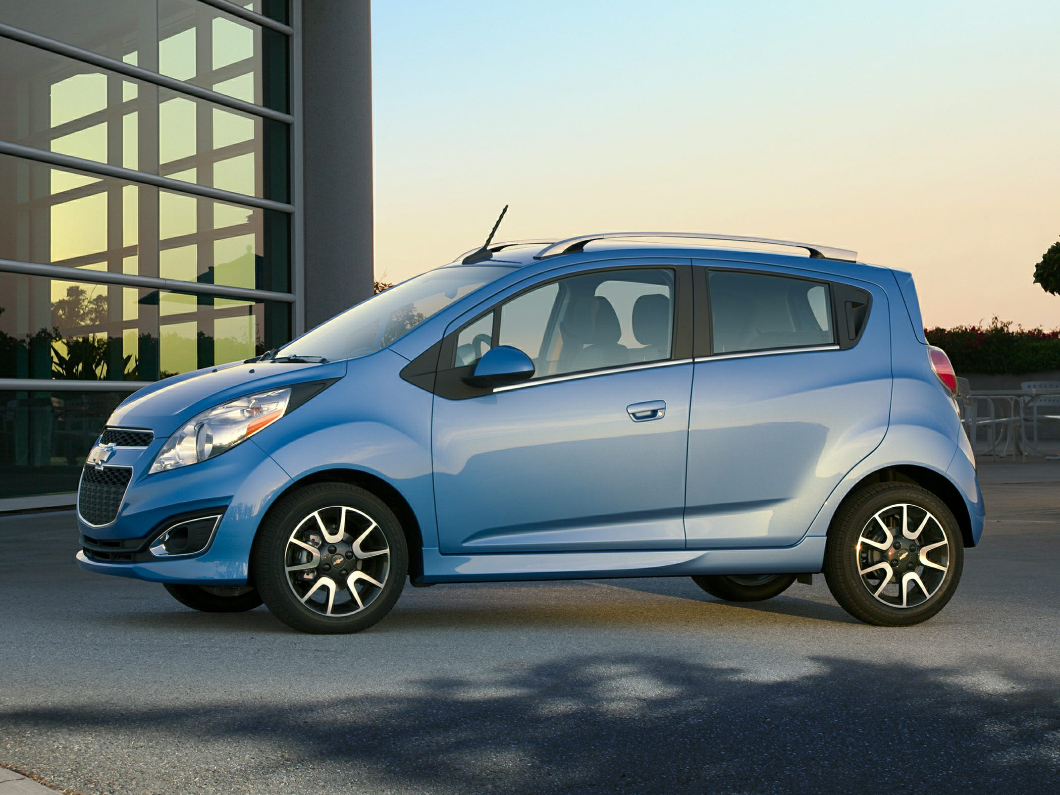 Chevrolet Spark III 2009 - 2015 Hatchback 5 door #5