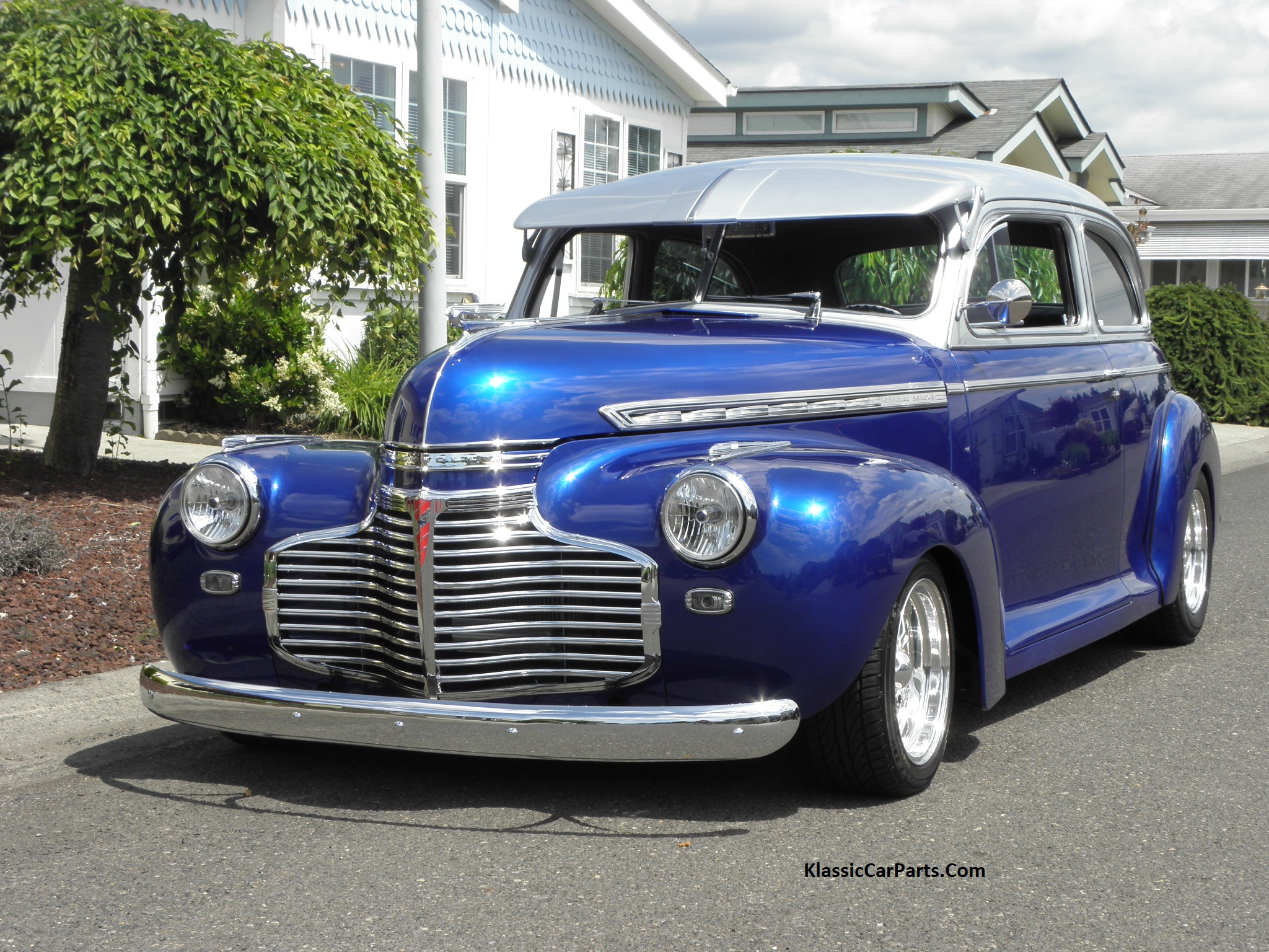 Chevrolet Special DeLuxe 1941 - 1948 Sedan #1