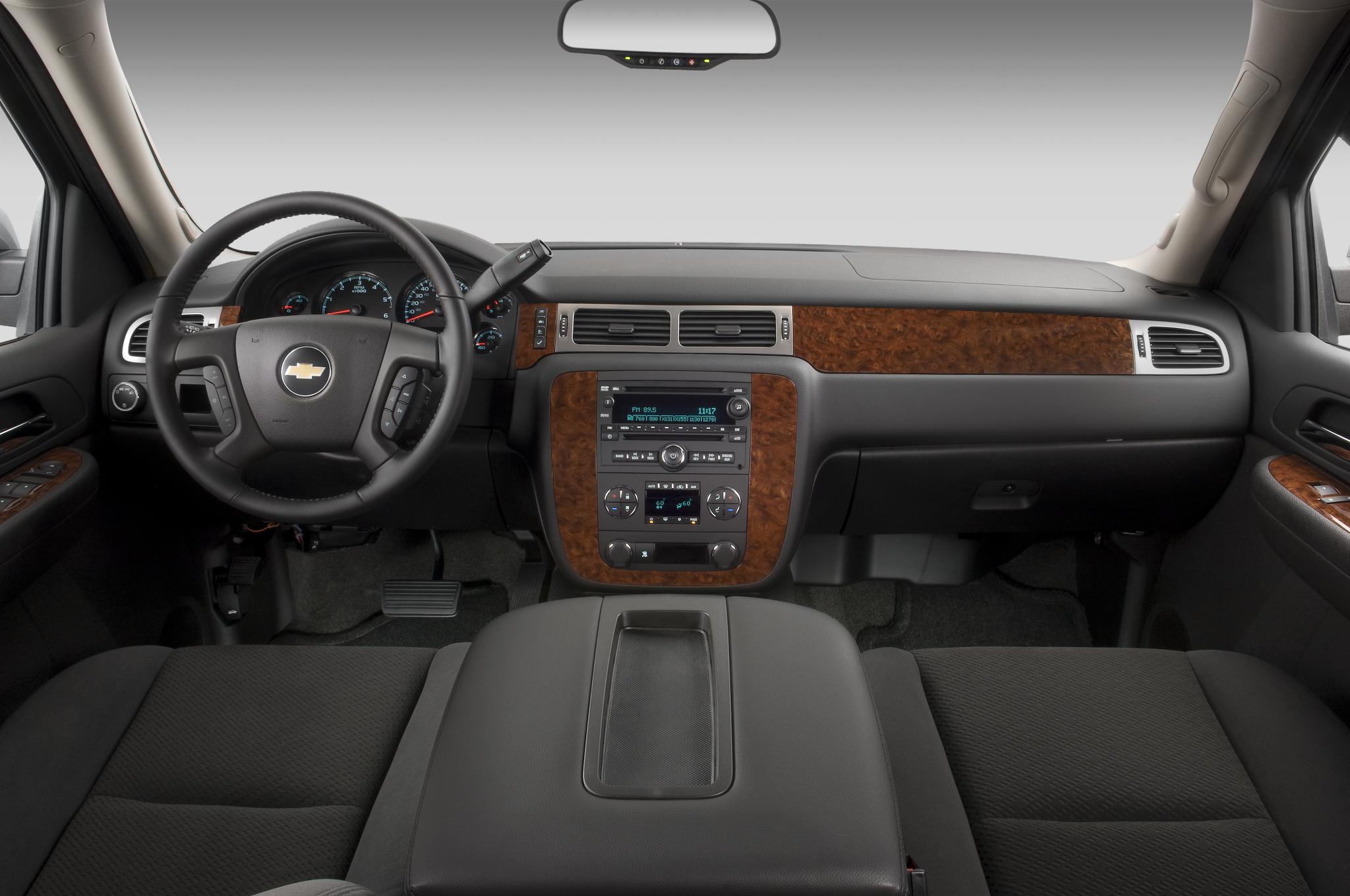 Chevrolet Tahoe IV 2014 - now SUV 5 door #2