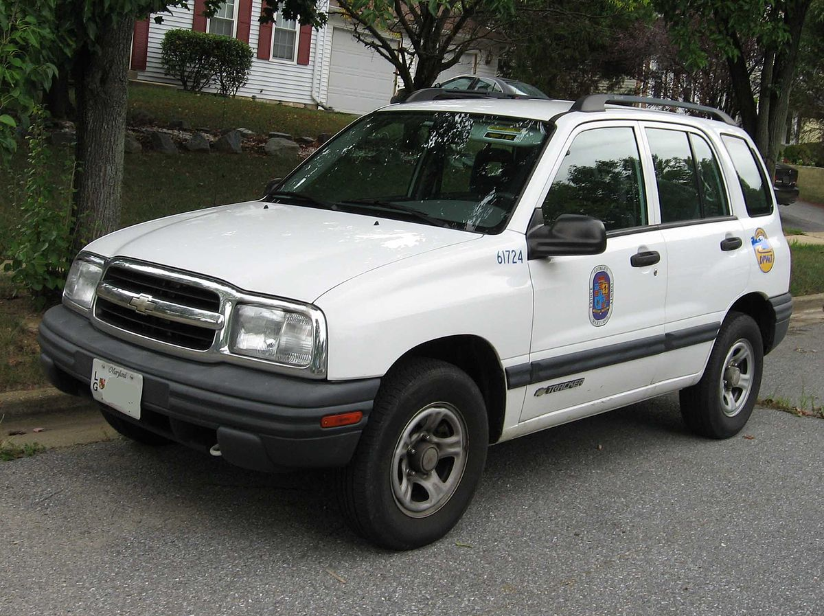 Chevrolet Tracker I 1989 - 1998 SUV 5 door #8