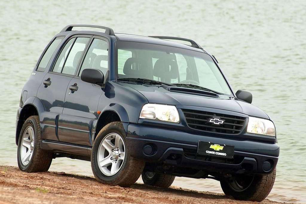 Chevrolet Tracker II 1998 - 2004 SUV 5 door #8