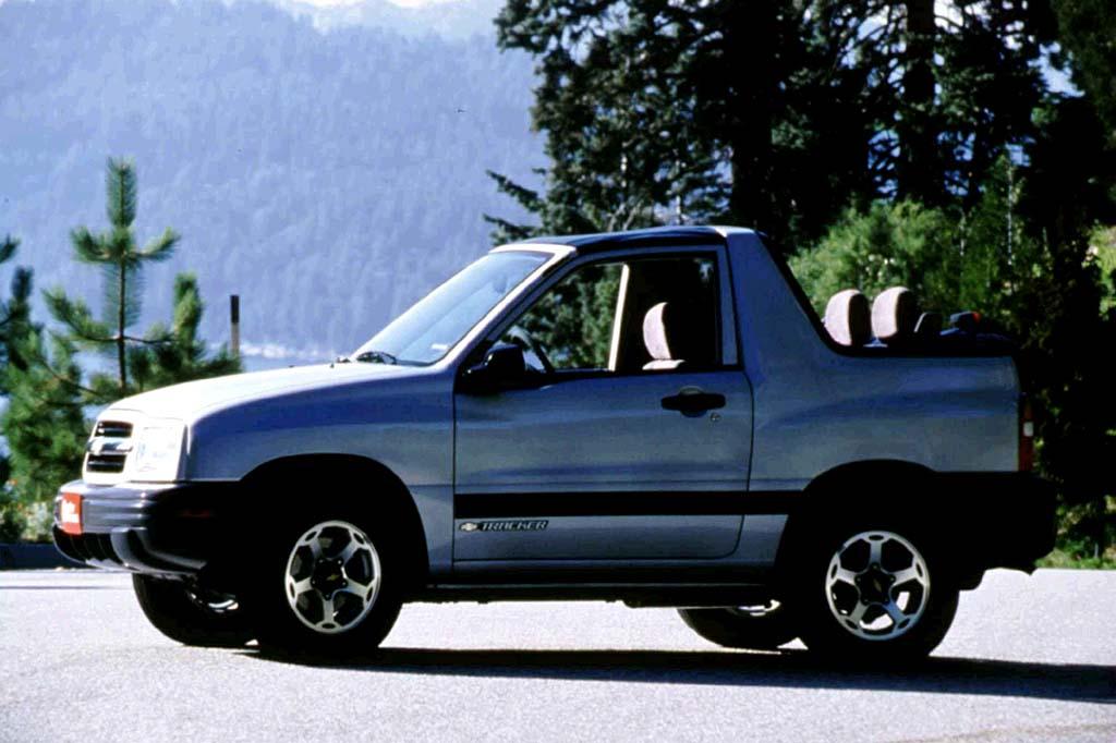Chevrolet Tracker II 1998 - 2004 SUV 5 door #4