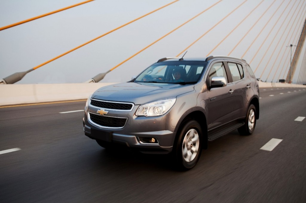 Chevrolet TrailBlazer II 2012 - 2016 SUV 5 door #5