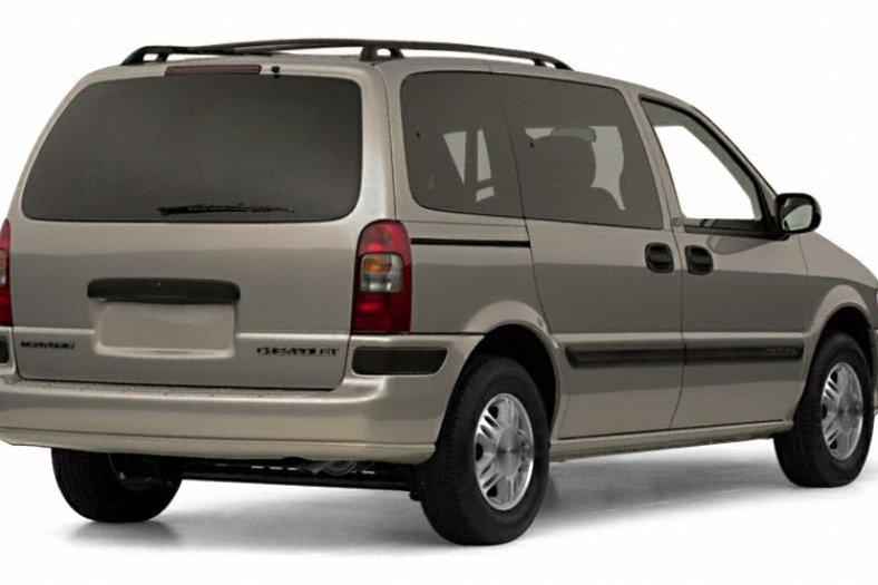 Chevrolet Venture 1996 - 2005 Compact MPV #2