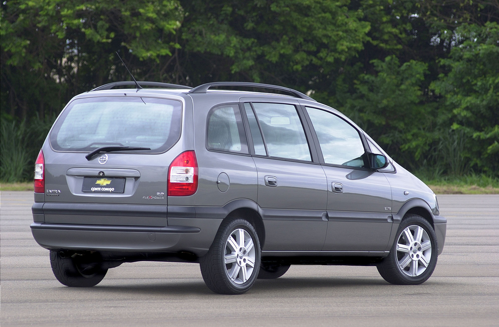 Chevrolet Zafira 2001 - 2012 Compact MPV #4