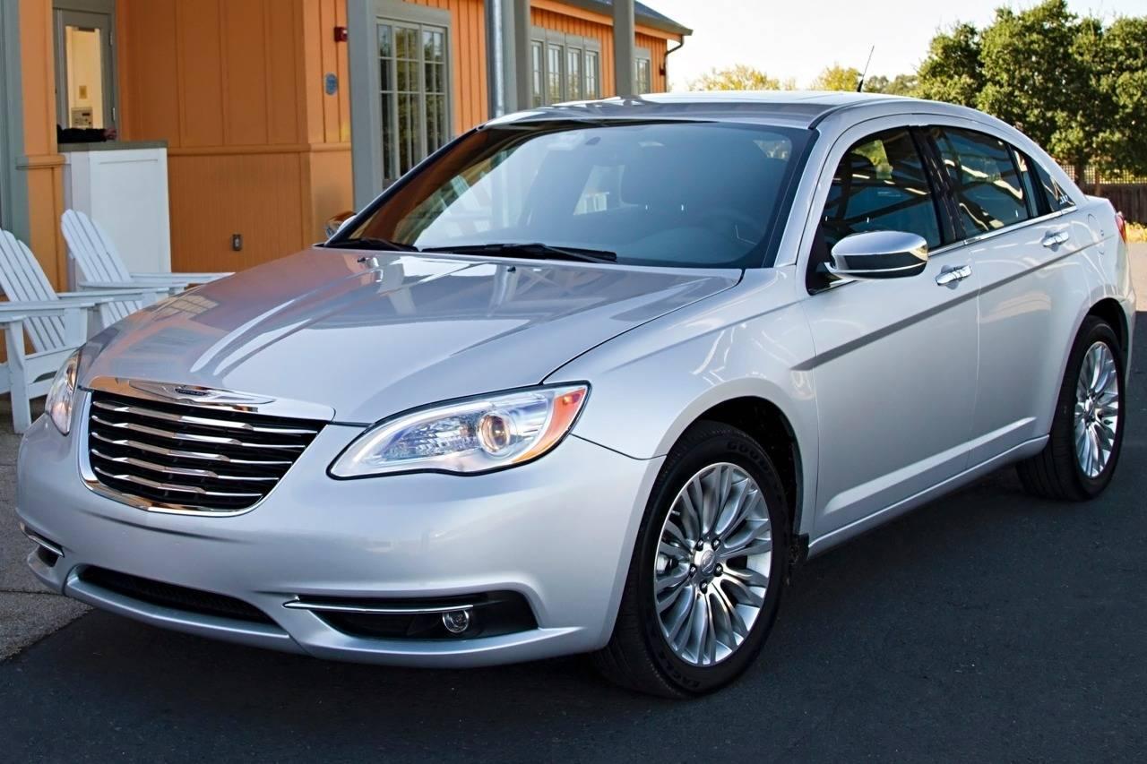 Chrysler 200 I 2011 - 2014 Sedan #4