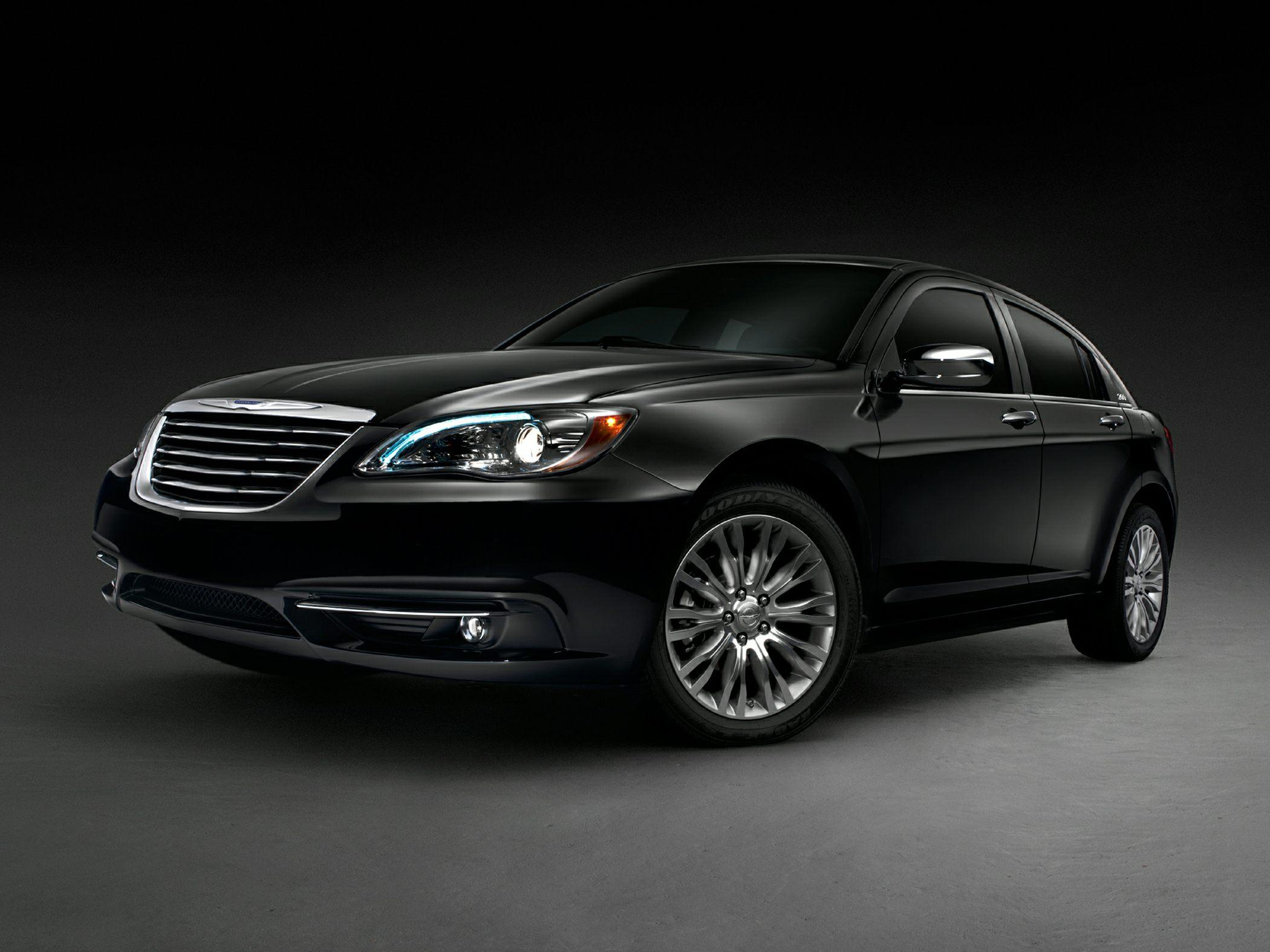 Chrysler 200 I 2011 - 2014 Sedan #1