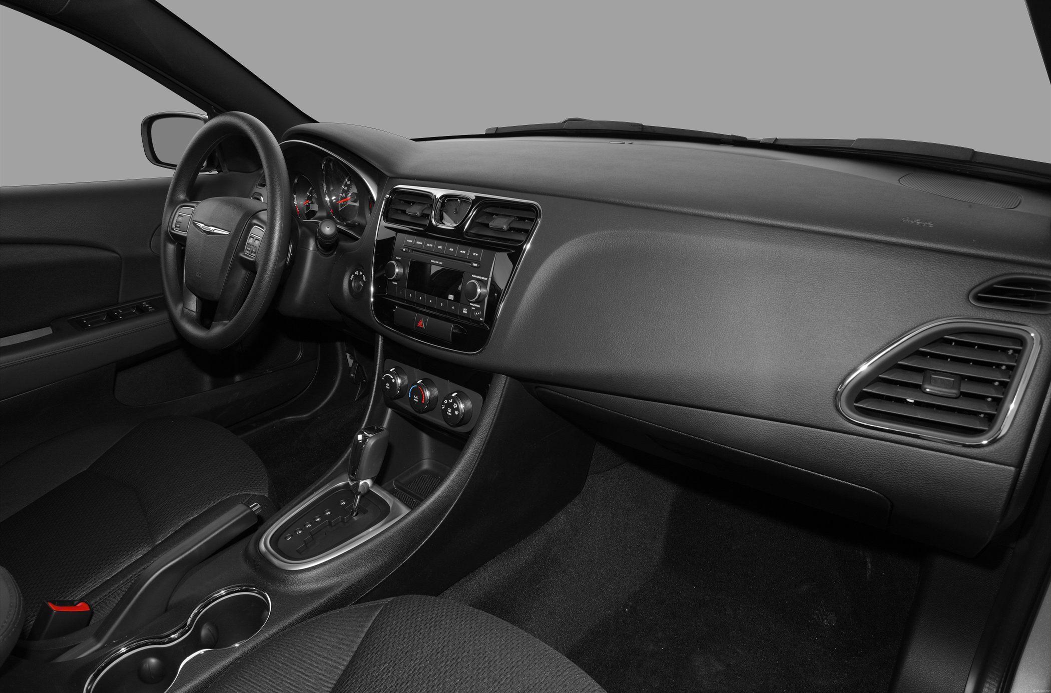 Chrysler 200 I 2011 - 2014 Sedan #6