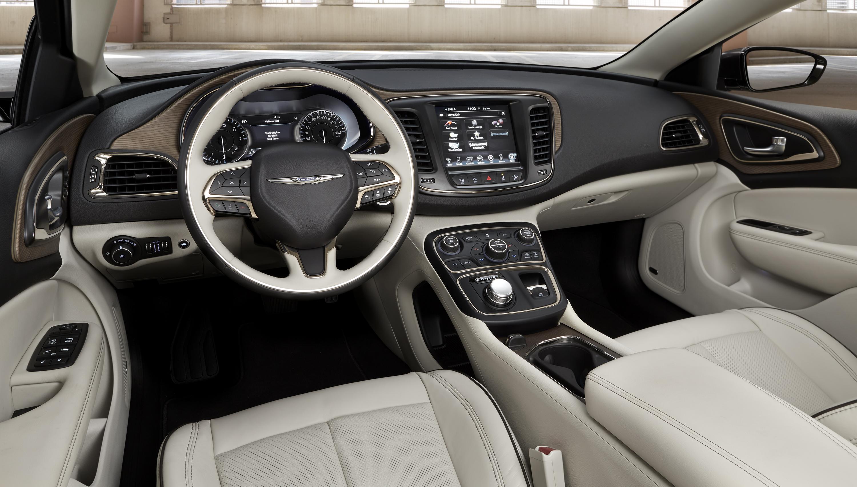 Chrysler 200 II 2014 - 2016 Sedan #1