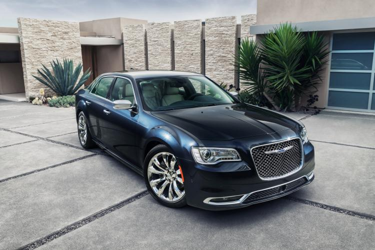 Chrysler 300C II Restyling 2015 - now Sedan #3