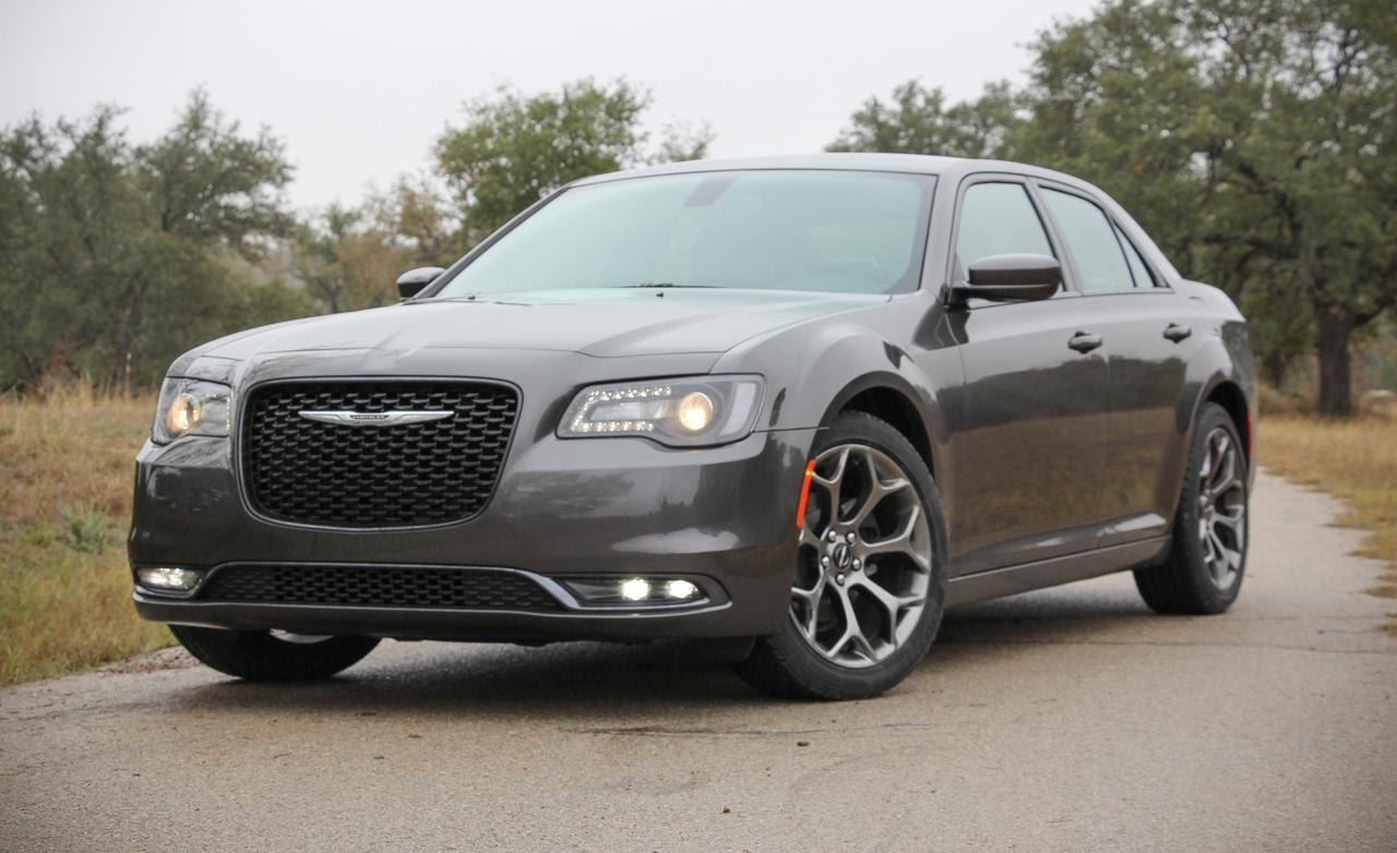Chrysler 300C II Restyling 2015 - now Sedan #4
