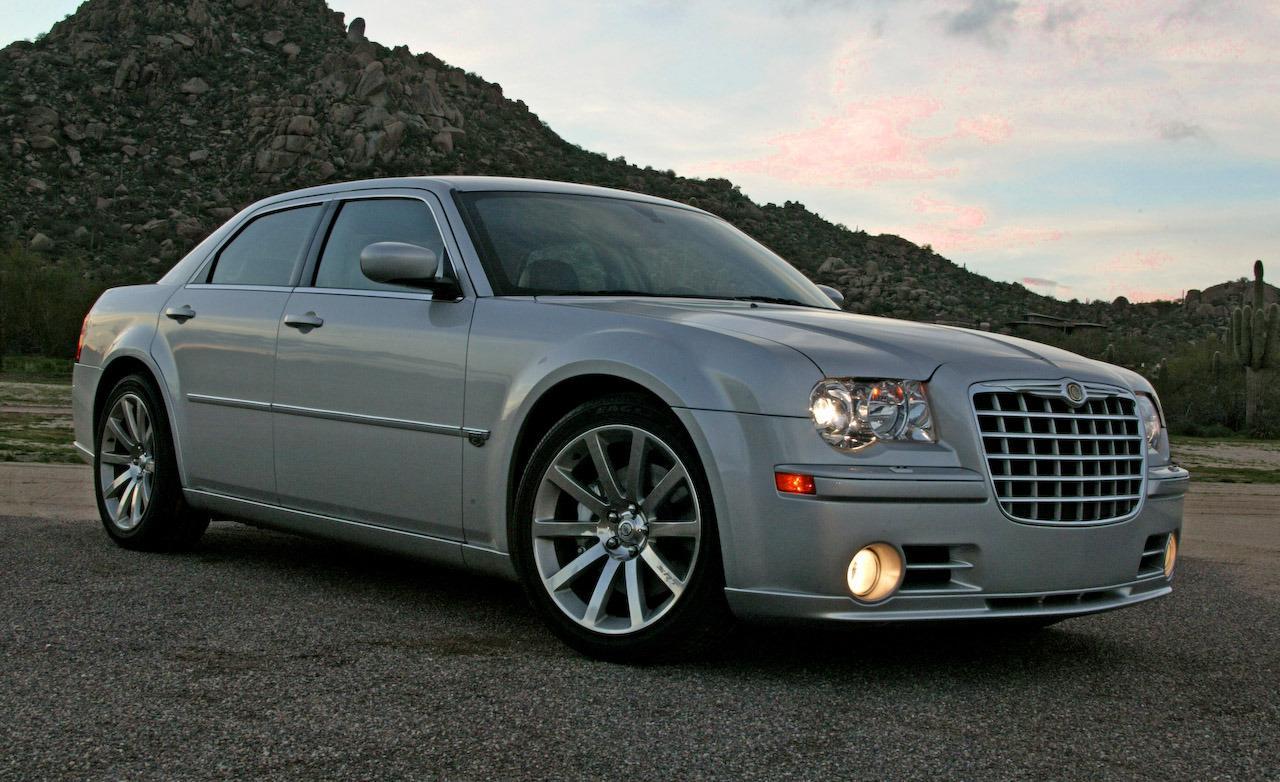2010 Chrysler 300 Srt8  2010 chrysler 300 srt8 in review