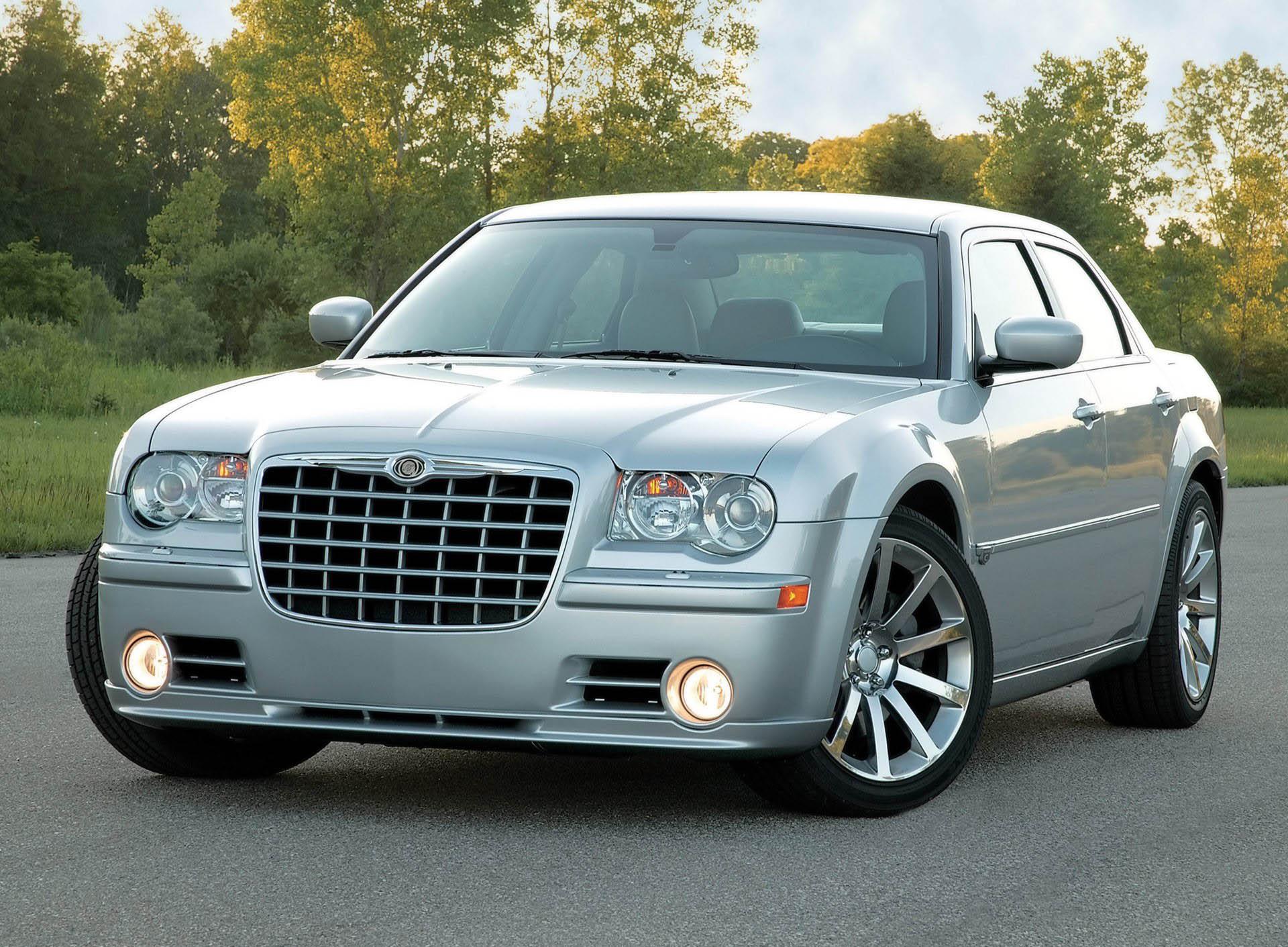 Chrysler 300C SRT8 I 2004 - 2010 Station wagon 5 door #3