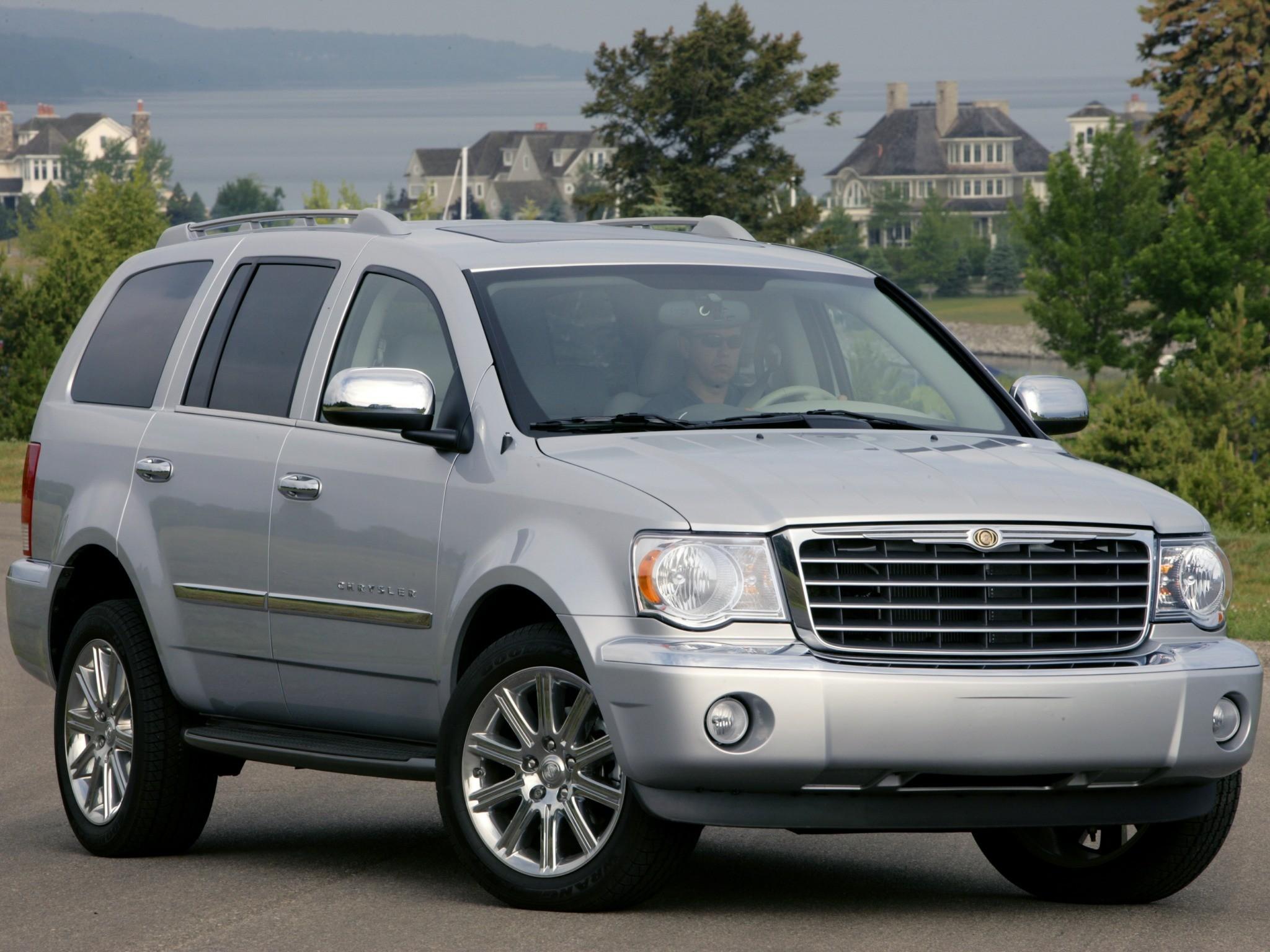 Chrysler Aspen 2006 - 2008 SUV 5 door #3
