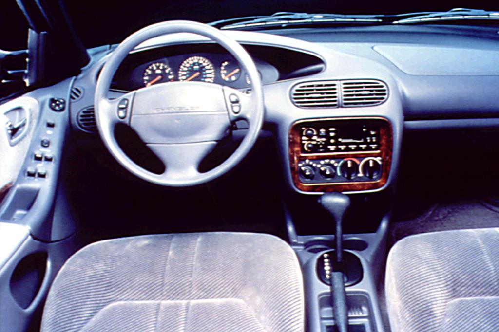 Chrysler Cirrus 1995 - 2000 Sedan #5