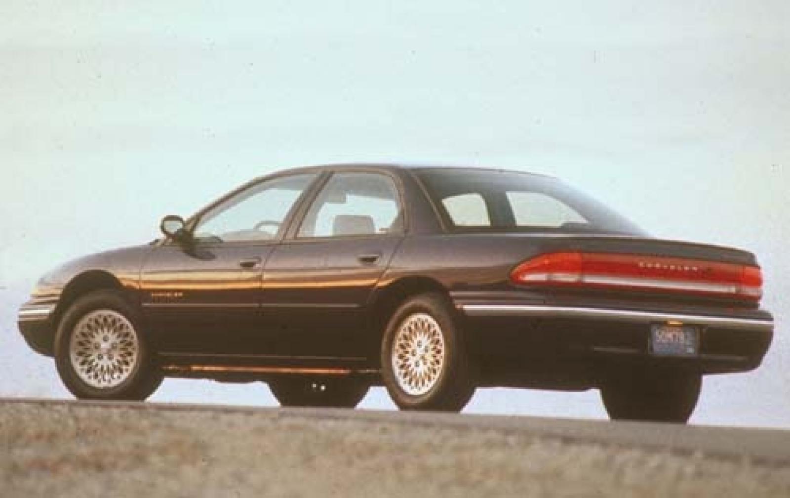 Chrysler Concorde II 1997 - 2004 Sedan #4