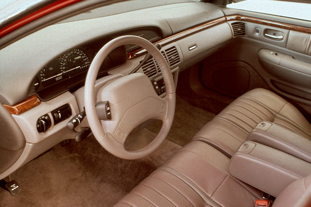 Chrysler Concorde I 1993 - 1997 Sedan #4