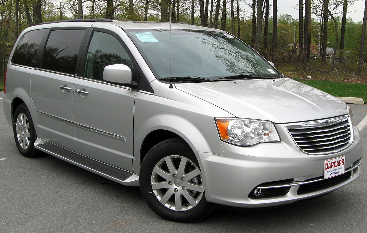 Chrysler Town & Country V 2007 - 2010 Minivan #8