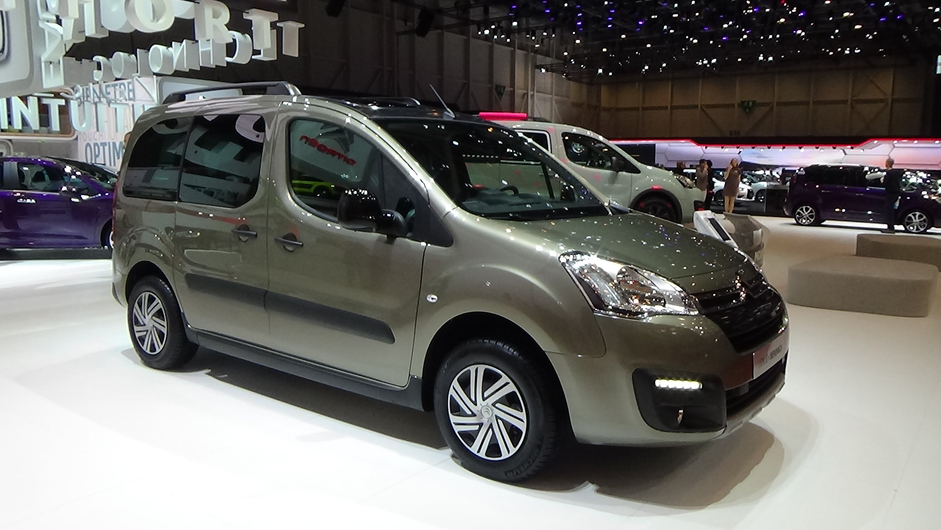 Citroen Berlingo II Restyling 2 2015 - now Compact MPV #4