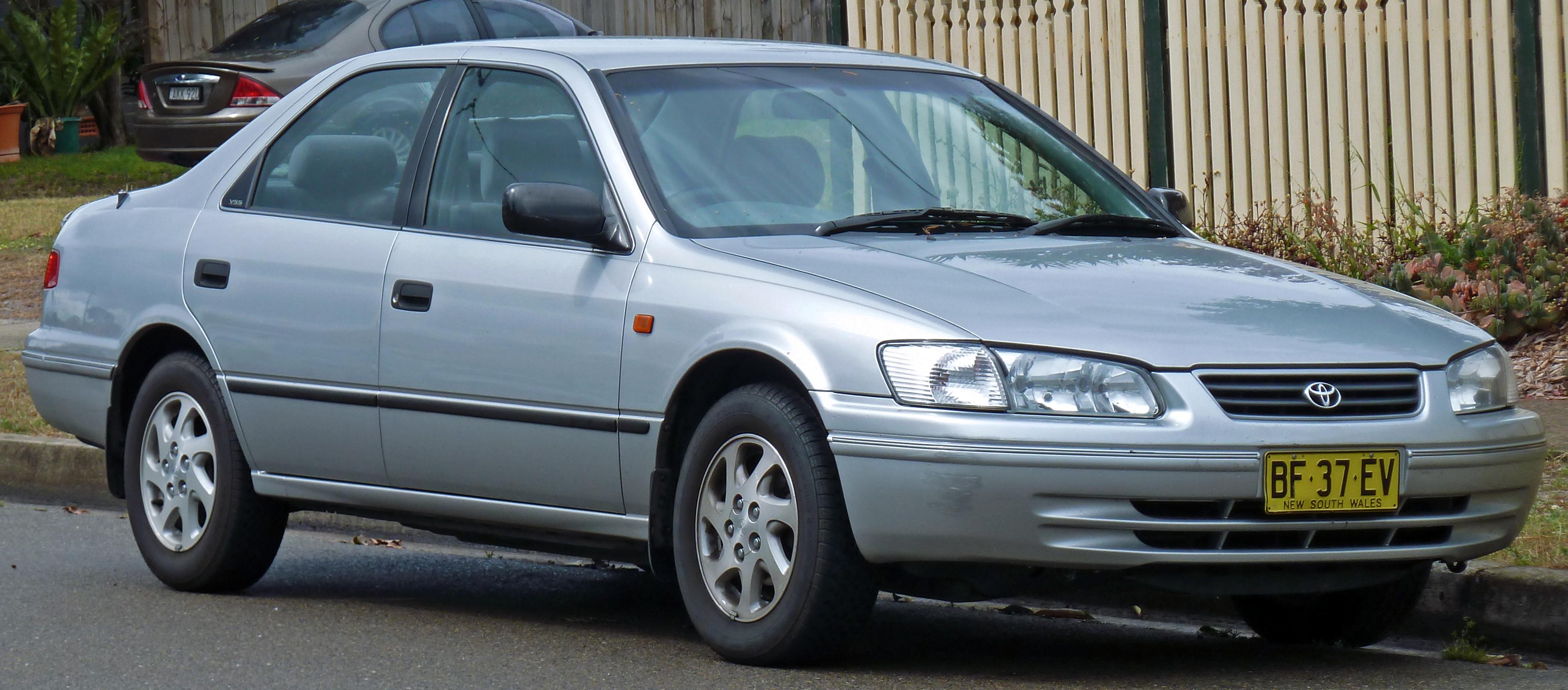 Daihatsu Altis I (SXV20) 2000 - 2001 Sedan #3
