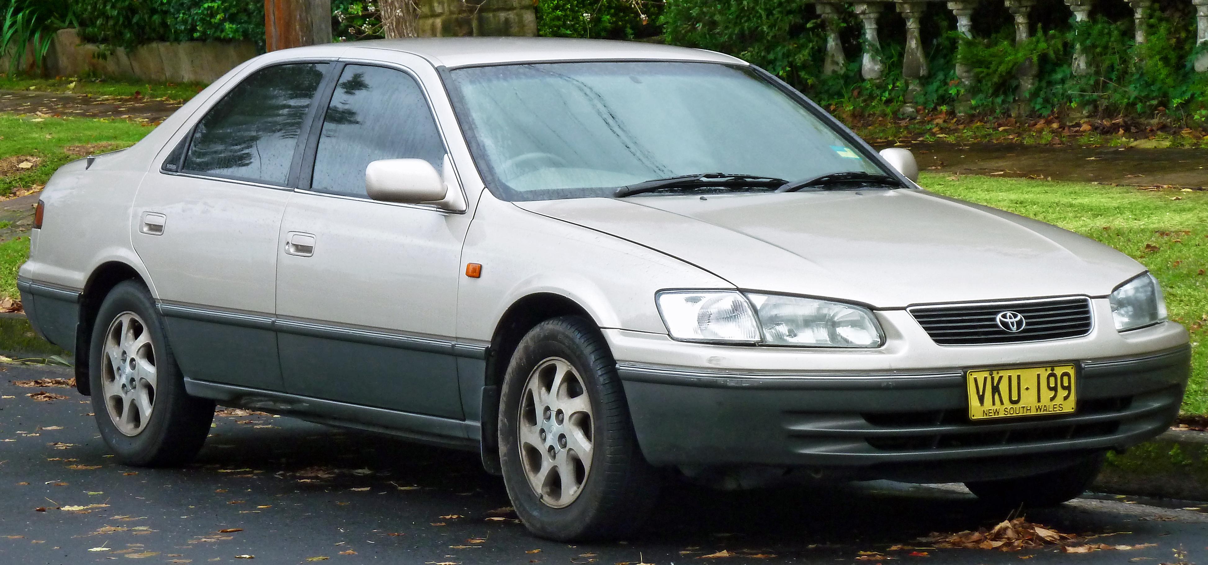 Daihatsu Altis II (SXV30) 2001 - 2004 Sedan #4
